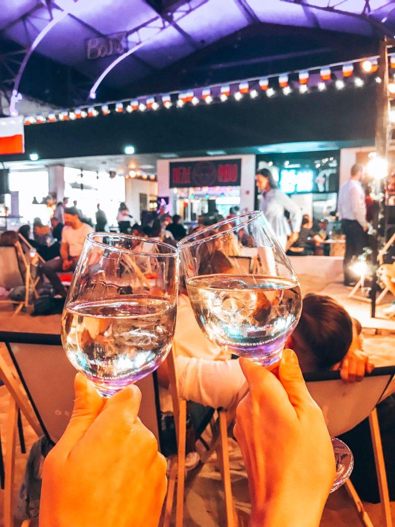 niewinnosc-wine-bar-hala-gwardi