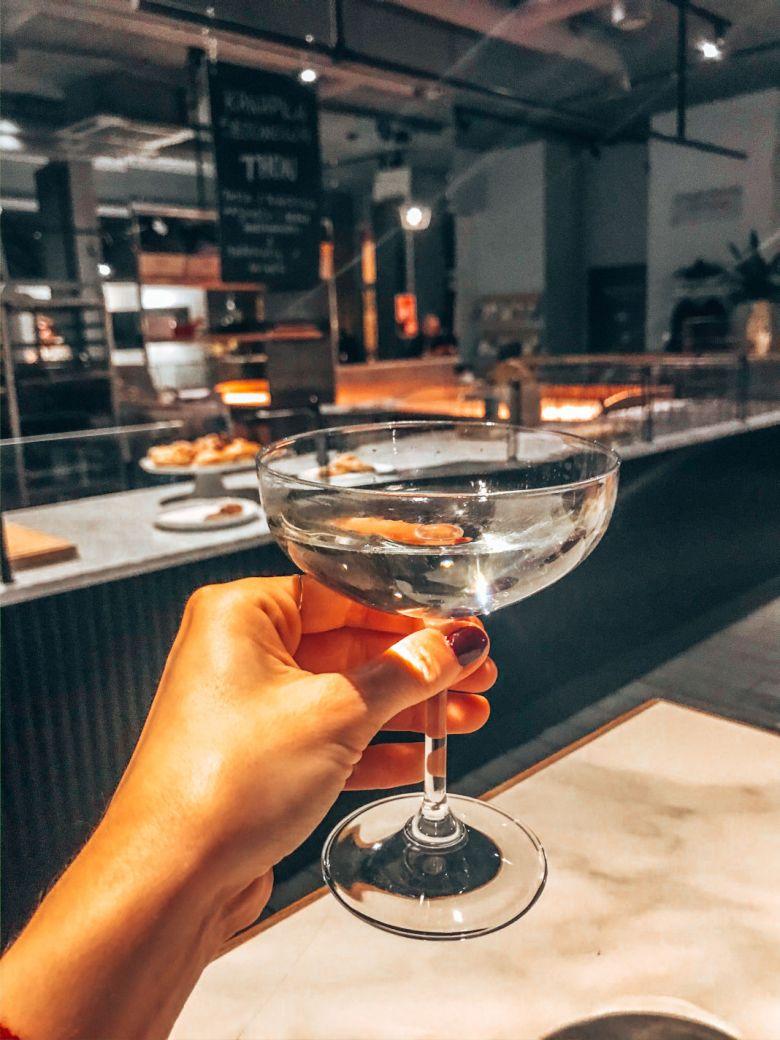 wino-szampan-menora-charlotte